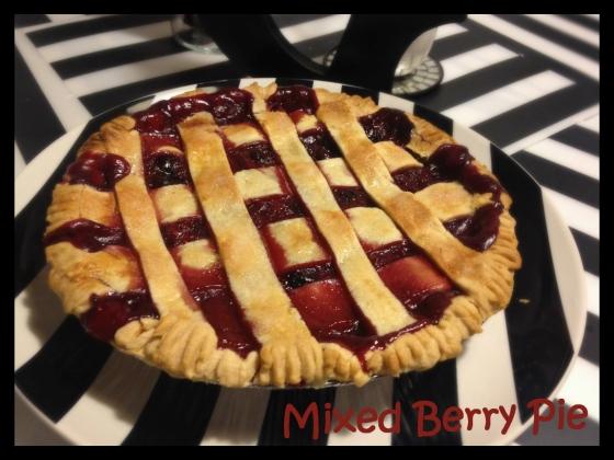 mixed berry pie blog